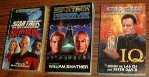 BIG BOX of Star Trek Books :: The Next Generation :: Pic 4