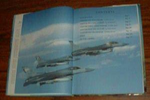 The Story of AVIATION : Concise History of Flight HB Pic 2