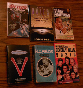 Lot of 40: TV and Movie Related Books :: Lot # 1 Pic 6