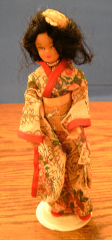 FLAGG DOLL :: Nationality Woman # 1 : Oriental Pic 1