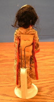 FLAGG DOLL :: Nationality Woman # 1 : Oriental Pic 2