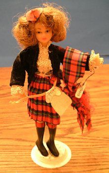 FLAGG DOLL :: Nationality Woman # 12 :: Scottish Girl Pic 1