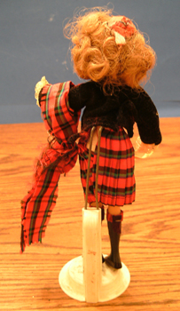 FLAGG DOLL :: Nationality Woman # 12 :: Scottish Girl Pic 2
