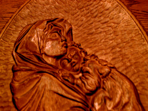 Madonna and Child Wood Depiction Plaque Pic 2