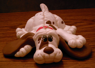 Ceramic Pound Puppy  Pic 1