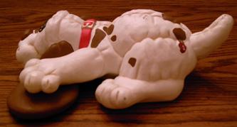 Ceramic Pound Puppy  Pic 2