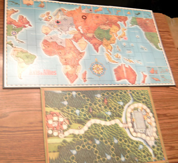 Lot of 8 Board Game gameboards from the 1980s : Lot # 2     Pic 1