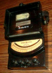 General Electric Model 8DP9V BD1 Volts D.C. Meter Pic 2