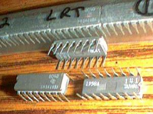 Lot of 11: Texas Instruments SN54195J Pic 2