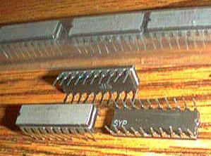 Lot of 10: Texas Instruments SN54S241J Pic 2
