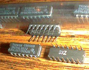 Lot of 11: Texas Instruments SNJ54LS27J  Pic 2