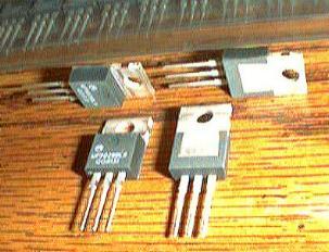 Lot of 100: Motorola WP90288L9 QGR131 Voltage Regulators Pic 2