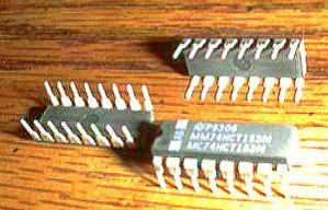 Lot of 25: National Semiconductor MM74HCT153N MC74HCT153N Pic 2