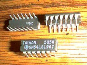 Lot of 14: Texas Instruments SN54LS196J Pic 2