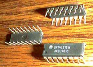 Lot of 25: Motorola SN74LS151N Pic 2