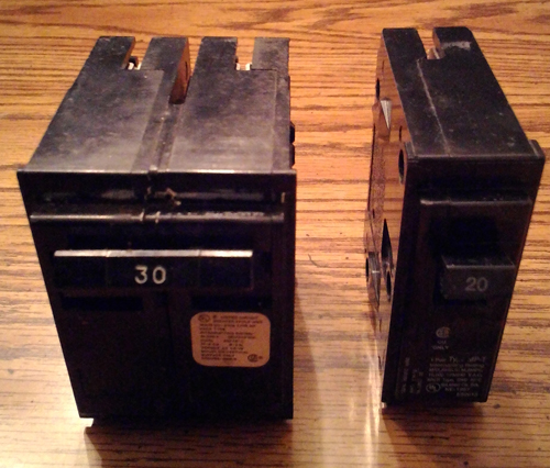 Lot of 2: Crouse Hinds HACR Type Circuit Breakers :: 30A 2P + 20A 1P Pic 1
