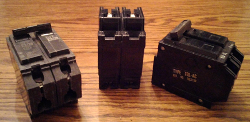 Lot of 3: General Electric Circuit Breakers Pic 2