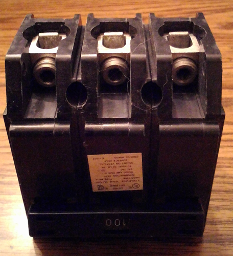 Crouse Hinds 100A 3 Pole Circuit Breaker Pic 1