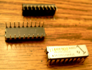 Lot of 20: Texas Instruments SNJ54S240J