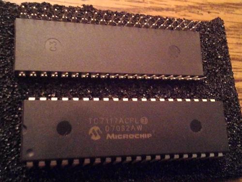 Lot of 2: Microchip TC7117ACPL