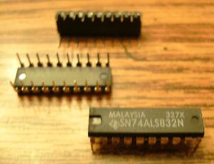 Lot of 10: Texas Instruments SN74ALS832N
