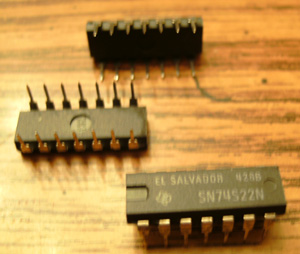 Lot of 24: Texas Instruments SN74S22N
