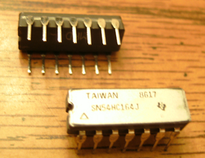 Lot of 2: Texas Instruments SN54HC164J