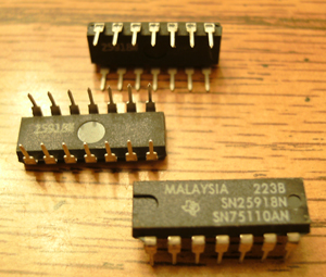 Lot of 25: Texas Instruments SN75110AN SN2591BN