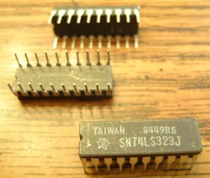 Lot of 16: Texas Instruments SN74LS323J