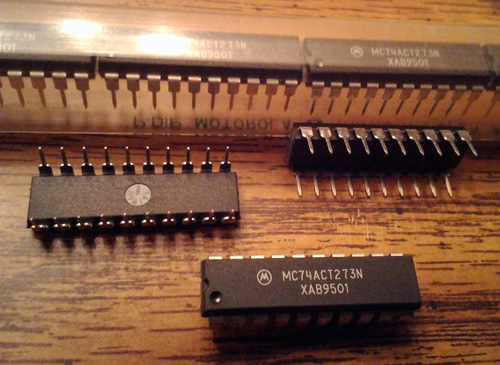 Lot of 15: Motorola MC74ACT273N