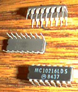 Lot of 16: Motorola MC10216LDS Pic 2