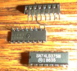 Lot of 25: Motorola SN74LS375N Pic 2