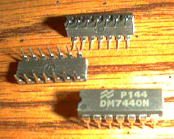 Lot of 7: National Semiconductor DM7440N Pic 2