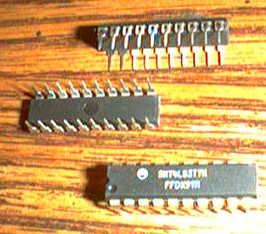 Lot of 15: Motorola SN74LS377N Pic 2
