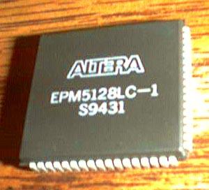 ALTERA EPM5128LC-1 Pic 2