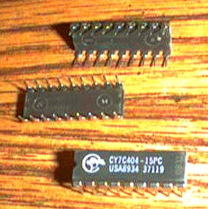 Lot of 5: Cypress CY7C404-15PC Pic 2