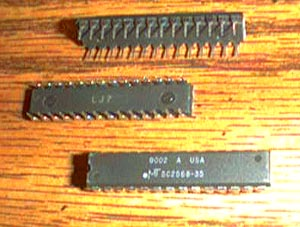 Lot of 10: Micron Technology MT5C2568-35 Pic 2