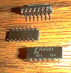 Lot of 20: Fairchild 74AC02PC Pic 2