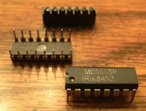 Lot of 25: Motorola MC3486P