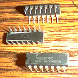Lot of 24: Fairchild 74LS197PC Pic 2