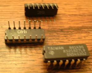 Lot of 29: Texas Instruments SN54S30J KS21827L9