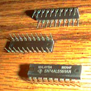 Lot of 13: Texas Instruments SN74ALS569AN Pic 2