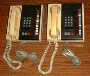 Lot of 2 Northern Telecom Business Phones Series C  Pic 1