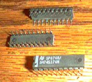 Lot of 25: National Semiconductor DM74S374N Pic 2