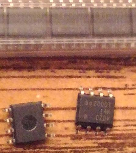 Lot of 23: Texas Instruments BQ2000TSN-B5