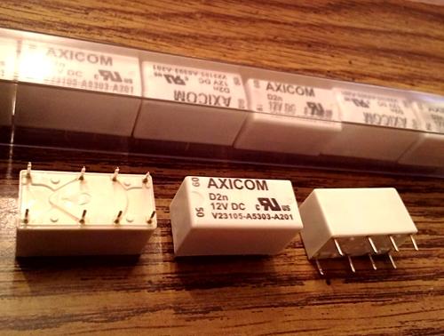 Lots of 25: Axicom V23105-A5303-A201