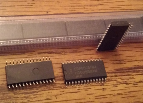 Lot of 24: Intersil CDP65C51M4