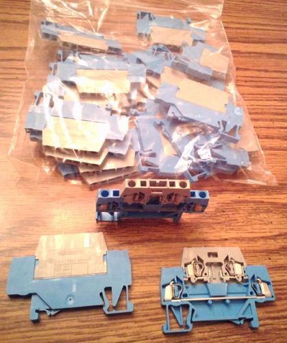 Lots of 22: WAGO 280-531 Double Decker Terminal Blocks