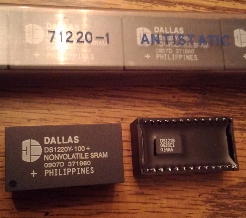 Lot of 20: Dallas DS1220Y-100 SRAM