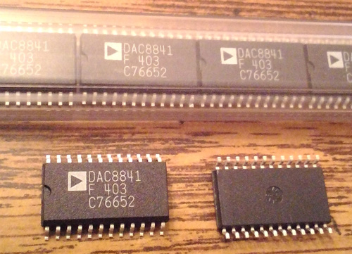 Lot of 29: Analog Devices DAC8841FS